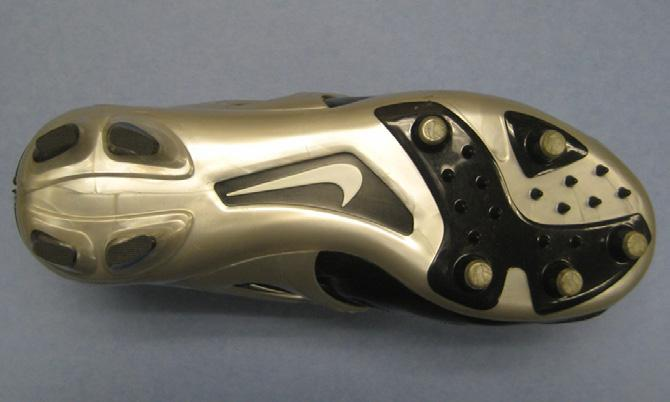 Figure 3. Nike Air Zoom Apocalypse IV, a nine-stud peripheral cleat style. Figure 6. Nike Air Destroyer 5/8, a nub cleat style.
