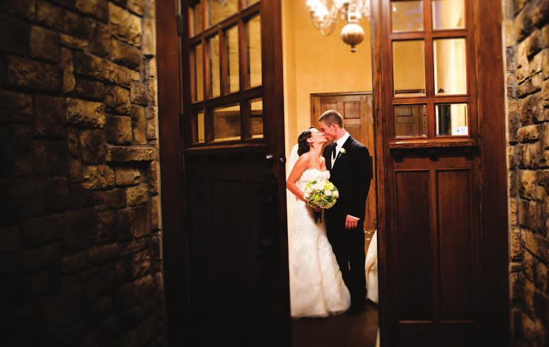 Welcome The Aerie at Eagle Landing is a charming French chateau-style facility perched atop Mt Scott, located 20 minutes from Downtown Portland.
