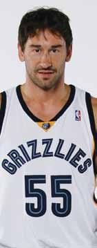 Marko Jaric PLAYERS 55 POSITION GUARD HT., WT. 6-7, 224 YEARS PRO 7 FROM BELGRADE, SERBIA BORN 10/12/1978 FAST FACTS Posted career highs of 9.9 points, 3.2 rebounds and 6.