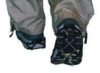 Steel-toed safety boots with oil-resistant soles No footwear has anti-slip properties