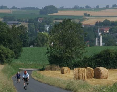 UNITED KINGDOM & FRANCE London to Paris Cycle Duration: 5 days / 4 nights Trip Grade: Moderate Dates: 16 May 20 May 2012 13 Jun 17 Jun 2012 1 Aug 5 Aug 2012 5 Sep 9 Sep 2012 15 May 19 May 2013 12 Jun