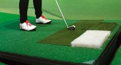VISION Swing Plate 2 Equipped with a GOLFZON auto tee-up and a wide plate, the VISION Swing Plate allows shots anywhere on the mat.