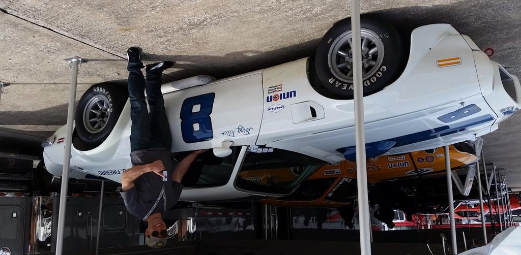 Page 6 2016 Sebring Spring Vintage Classic 2016 Sebring Spring Vintage Classic (Continued) have clinched it for Mercury, however Gurney finished behind Ron Bucknum s Mustang.