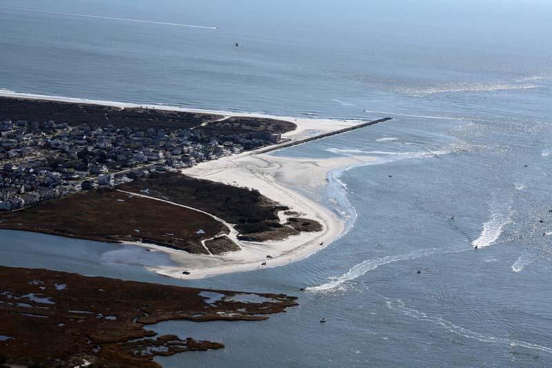 Shoreline Migration Shoreline migration of Brigantine s beaches in the vicinity of Absecon Inlet where analyzed from 1995 to 2011 using shorelines positions from: 1995, 2002, 2006, 2007, 2010 and