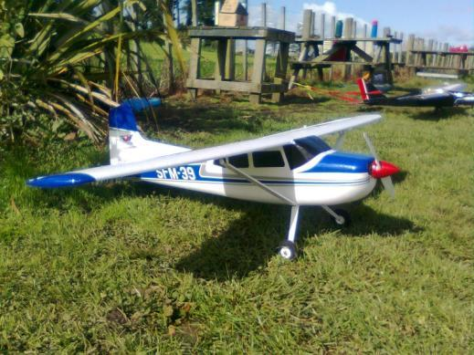 Page 4 Register of Model Flying Instructors: Instructors are available to Roskill Modellers Club members by arrangement. Please contact an Instructor to make a convenient time.