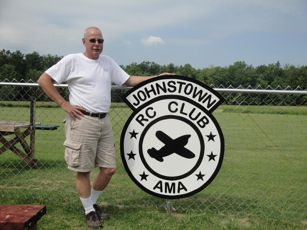time. Thanks so much Rick for visiting our club, and also for your help in painting the fence! That's the kind of visitor's we like!
