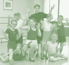 Camps One-Week Summer Camps Creative Kids Camp July 24-28 or August 14-18 Ages 5-8 9:30-12:00 Creative Campers enjoy daily drama games, theater activities, singing, dancing, arts and crafts, story