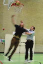 Fig. 3. Comparing the two players activities against video footage. Case 1: both players jump during a shot action.