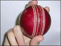 Travellers Sports Cricket Coaching Manual - Page 9 of 11 Leg Break The leg break spin grip has the seem of the ball in the index, second and third finger, and the ball is spun off the first knuckle