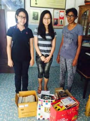Interact Club Donation of Second Hand Books to Salvation