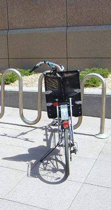 Although wave-style racks are u-lock compatible,