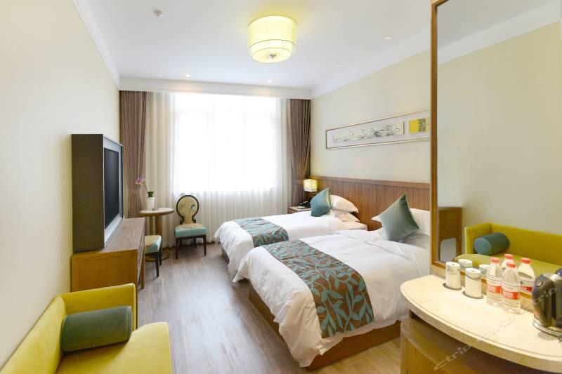 Hotel 2 Price Address The west lake friendship hotel Double(2 beds):