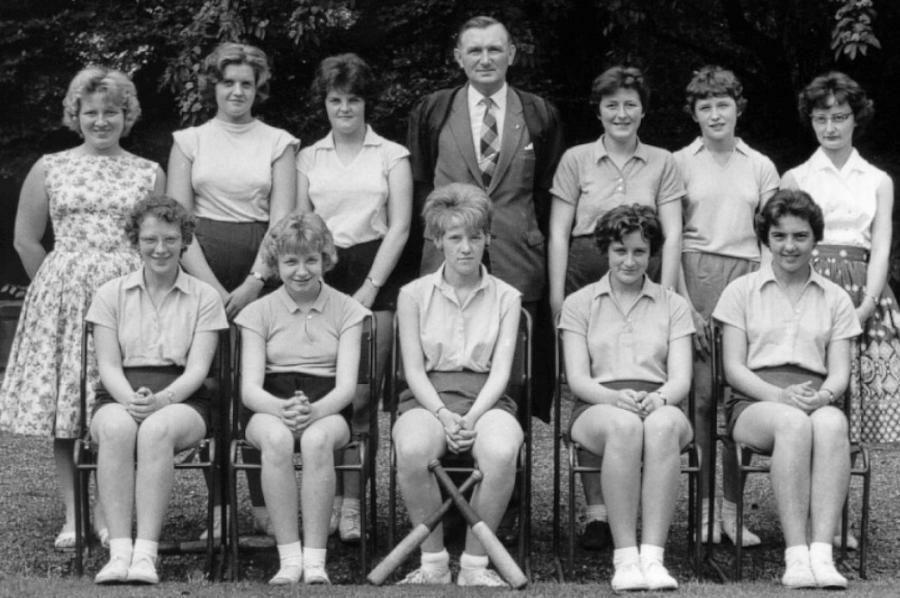 Rounders 2 nd Team Photo from Ruth Horn and Andy Coope. Thank you. Back Row L-R: Miss. Musgrave, D. Rowe Peggy Jones, Mr.