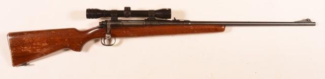 "Page: 23 135 R - Remington M- 870 Wing Master Shotgun R - Remington Model 870 Wing Master 12 Ga. Pump Action Shotgun. 28"""" barrel, walnut fore-end and stock. 474699V. Condition: Fair to good."