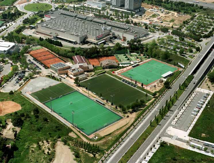 Facilities of the Club The Club s main building has 4000 m2, with a