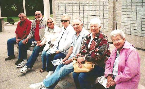 Bella Vista Garden Club members keeping