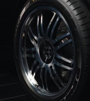outstanding workmanship. The forged construction makes the MANSORY wheel rims exceptionally light compared with conventional cast wheels.