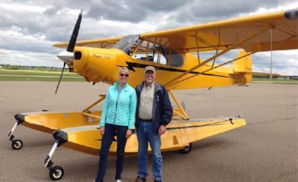 2 Observations From The Right Seat By: Woody Minar, Designated Pilot Examiner Initially verify by looking at the gear position markers on the floats. Have your passenger do the same on their side.