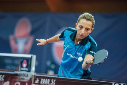Elizabeta SAMARA Country Romania Qualification Wild Card World Rank 26 Seed 8 Age 28 Style of Play Attack / Left / Shakehand Best WC Result 2nd place (2012) Achievements 2017 European Team Champion,