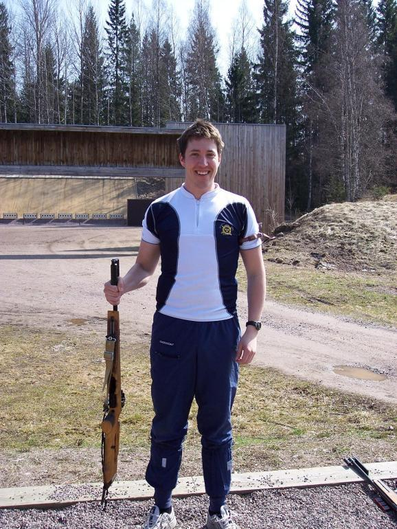 International Biathlon Orienteering Federation Side 7 The only way of carrying the weapon at the shooting range 4) If the shooter does not fire ten (10) rounds, in each position, this will result in