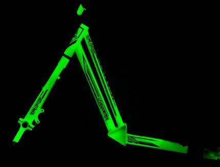 LANTERN COLOUR // LUMINOUS YELLOW LIGHT UP THE NIGHT WITH THE NEW GLOW IN THE DARK LANTERN TRIKE FROM TRIAD.