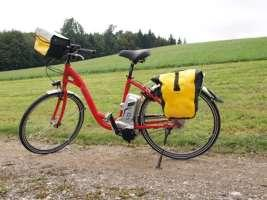 ) Also includes Saddle bag (water-repellent), handlebar bag (waterrepellent), service-set with tools and extra bicycle tube, pump and combination lock Electric Bike A Pedelec is an electro bike which