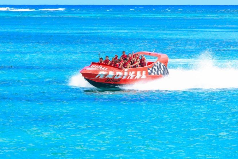 Radikal The only jet boat in Dominican Republic is waiting for you on the beach of your hotel!