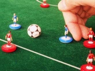 Then, the referee shall give the signal for the game to continue by stating: play!