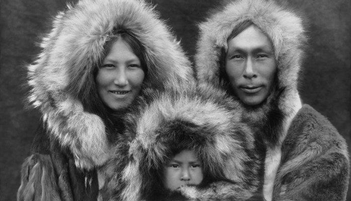 Overview of the Inuit The Inuit people live in the far northern areas