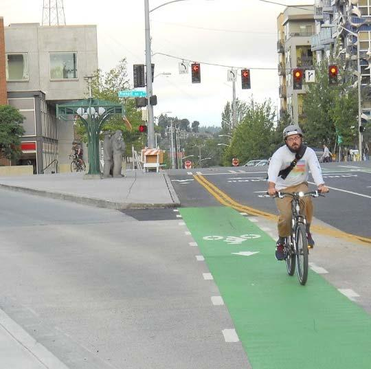 CHAPTER 4 MAJOR CONTENT CHANGES Innovative Designs Green bike lanes Buffered bike