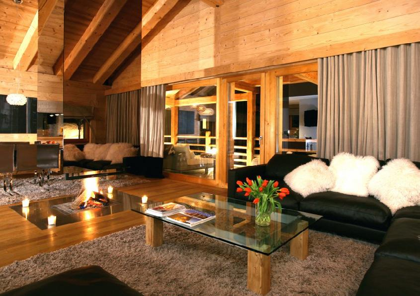 Property Situated in a private position in the centre of Verbier, chalet Spa combines the seclusion and stunning views expected from a high-end chalet with convenience for both the bars, restaurants