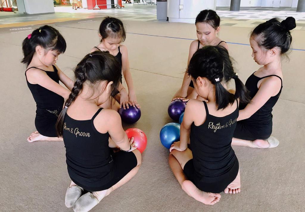 WHY JOIN US? Rhythm & Groove s holiday camp is designed to introduce to young girls as well as expose beginners to the dance forms of contemporary, street jazz and salsa.
