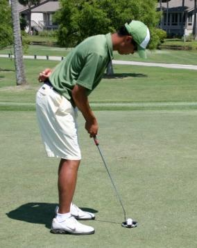 PUTTING ONE ARM DRILL Eliminate the use of the small muscles (hands & elbows) from your putting stroke.