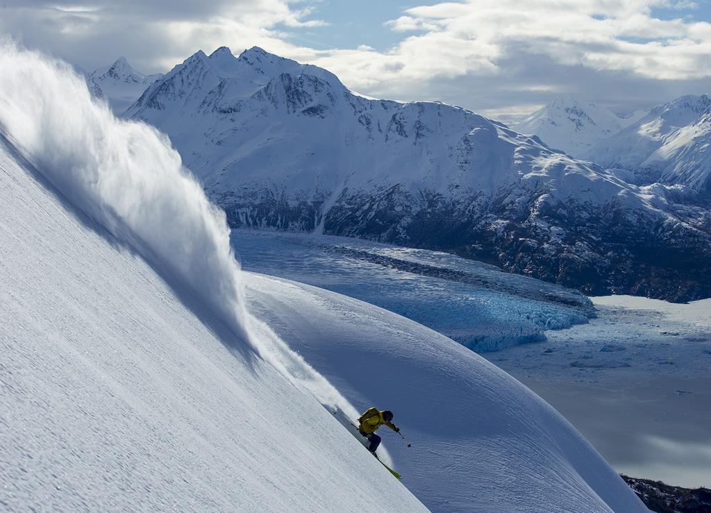 04 2018 CPG SCHEDULE & RATES GIRDWOOD HELI-SKI & HOTEL ALYESKA PACKAGE HELI-SKI 5-DAY PACKAGE Arrive Sunday, ski Monday through Friday, depart Friday, 60,000 vertical feet of helicopter skiing