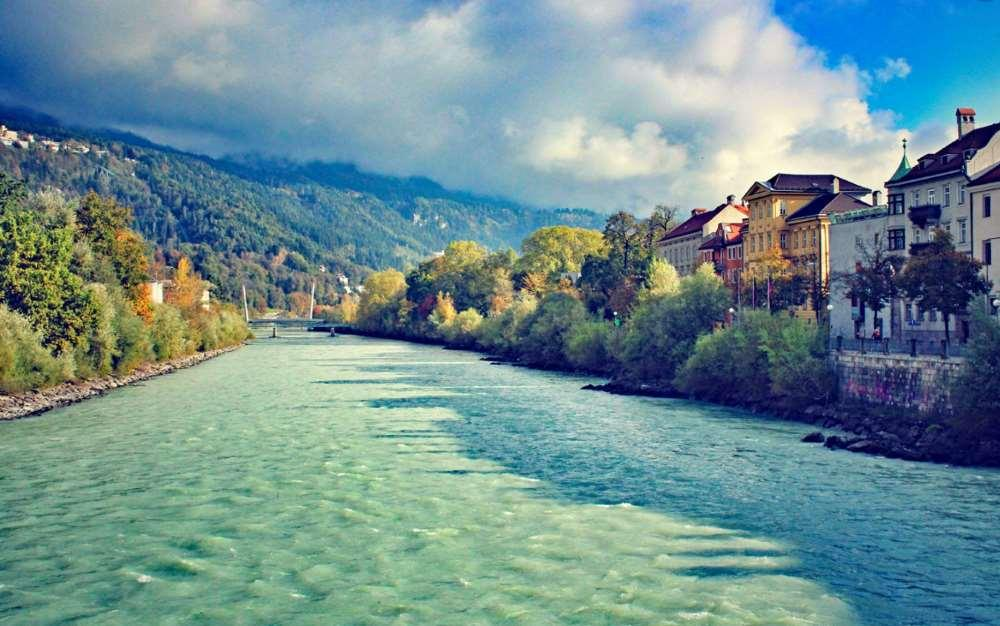 Germany - Innsbruck to Augsburg along the Romantic Road Bicycle Tour 2018 Individual Self-Guided 8 days / 7 nights A journey through time along the old Via Claudia Augusta: cast your mind back to the