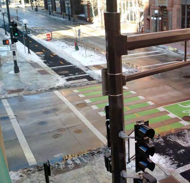 Metro s Separated Bike Lanes: Capital City Bikeway in St. Paul Franklin Ave.