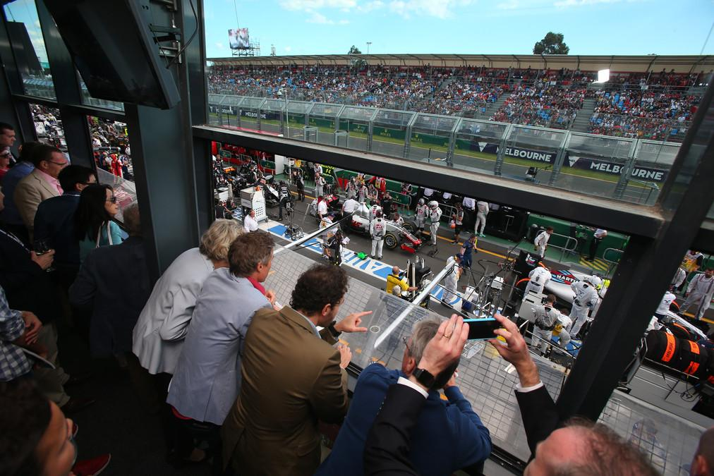 Albert Park,an attractive parkland circuit, which circumnavigates a boating lake, is where the F1 season begins in earnest, therefore there is always a great deal of anticipation and excitement
