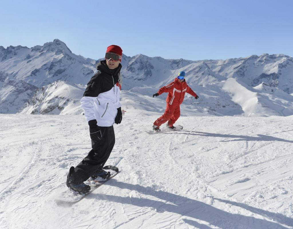 Sports & Activities** Land sports Group lessons Free access Min age (years) Dates available Alpine skiing All levels 4 years old Snowboard All levels 8 years old