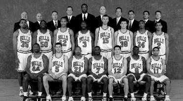 2006-2007 CHICAGO BULLS Left to right: (front row): Adrian Griffin, Andrés Nocioni, Chris Duhon, Ben Gordon, Kirk Hinrich, Luol Deng, Andre Barrett. (middle row): Malik Allen, Michael Sweetney, P.J.