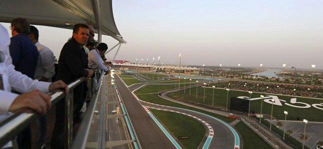 FORMULA 1 2018 ETIHAD AIRWAYS ABU DHABI GRAND PRIX Abu Dhabi CHAMPION PLATINUM The Champions Club at the Trackside Terrace is the perfect spot to enjoy expert hospitality and prime race views of the
