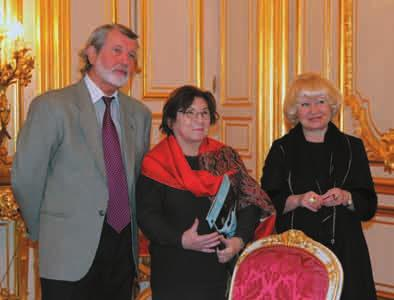 Alexander Orlov, Irina Kolesnikova Upon welcoming Irina Kolesnikova, Aleksandr Orlov, the Russian Federation s ambassador to France commented: We applauded so hard that our hands nearly fell off.