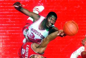H o u s t o n s Akeem Olajuwon (later changed to