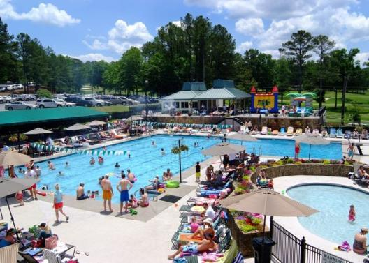 Club News Summer pool hours Beginning in June: 10:00 am 8:00 pm Tuesday-Friday The baby pool and pool deck will open at 10:00am. The big pool will open at 10:45am after swim team practice.