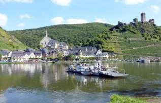 "Day 5: Piesport - Traben-Trarbach 40 km The two famous Moselle towns Bernkastel-Kues and Traben-Trarbach and the well-known wine growing resort ""Kröver Nacktarsch"" are today s highlight!"