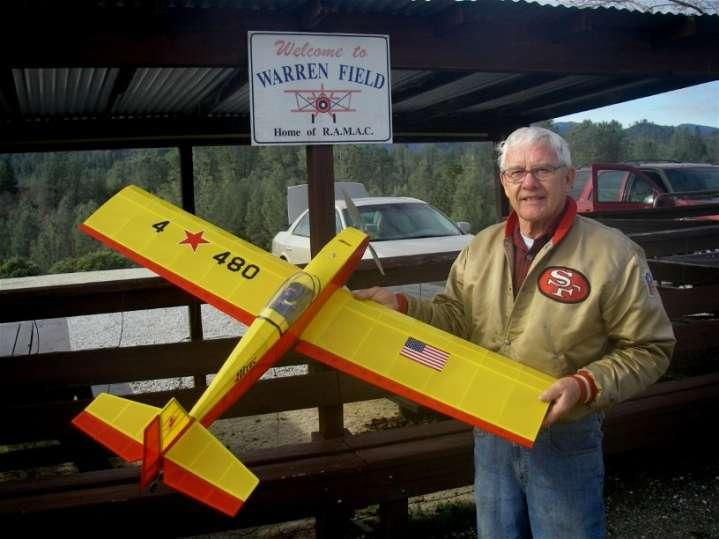Shown in the photo above is Dan Sobieralski. Dan belongs to two of my local area clubs, NCR/CUF and, RAMAC. This hobby was meant for guys like Dan. He loves to build as well as fly.