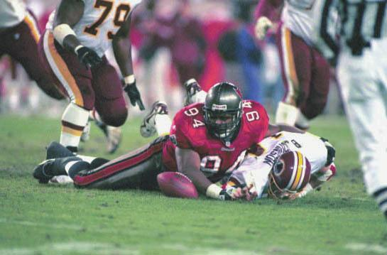 1999 NFC DIVISIONAL PLAYOFF GAME Sidelines Records History 2010 Review Players Ownership TAMPA The Bucs rallied from a 13-point deficit to stun the Redskins 14-13 before a delirious gathering of