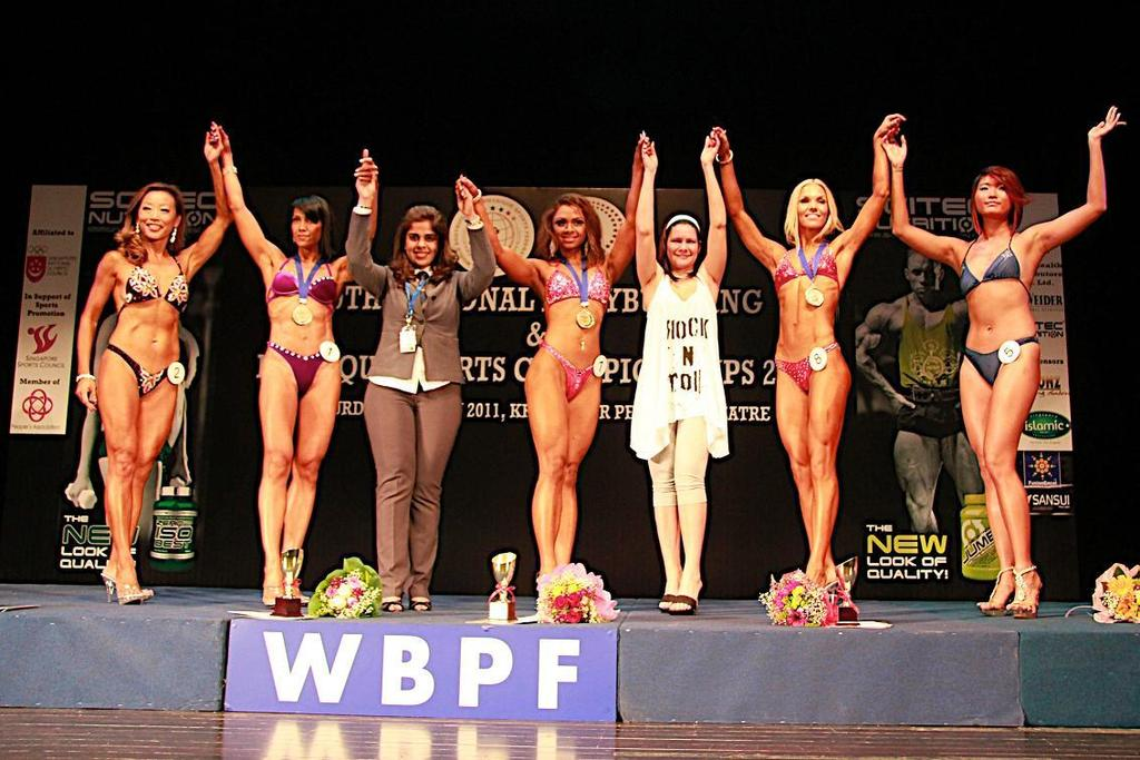 WOMEN S MODEL PHYSIQUE ABOVE 160 CM 1 st Placing