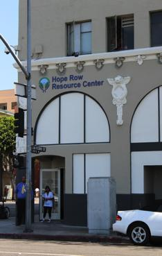 About Weingart Center Since 1983, the Weingart Center for the Homeless has offered a host of services inside the agency s historic 11-story building located in the heart of LA s Skid Row.