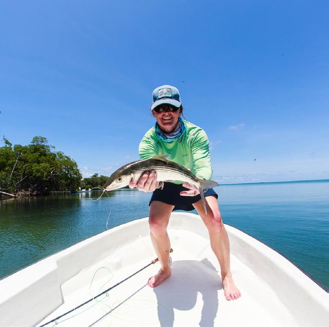 FISHING Catch & Cook Reef Fishing Anchor out on the second largest barrier reef in the world and