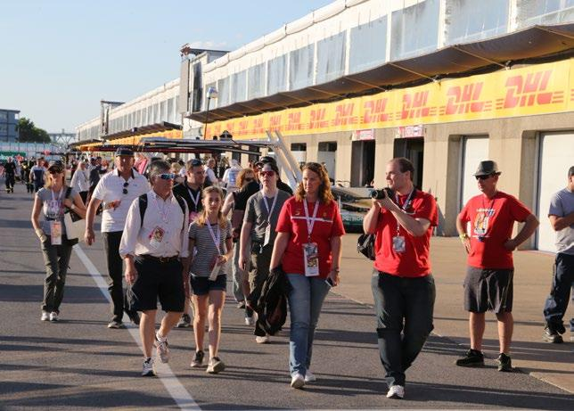 EXCLUSIVE PIT LANE WALK Included in Hero, Trophy & Starter Packages F1 Experiences guests
